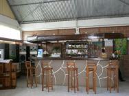 Ihary Hotel - bar v restauraci