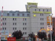 Hotel Premierre Classe.