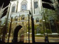 """""""Probouzení Kutné Hory"""" - malování světlem na katedrálu"""