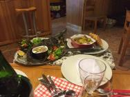 ukázka večeřena objednání :) - lépe upravenou rybu jsme v Čechách nejedli