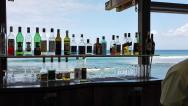 Bar s výhledem na moře