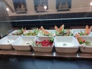 výběr jídla formou bufetu