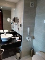 koupelna v pokoji Deluxe