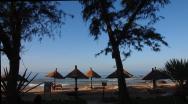Na hotelové pláži