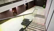 Množstvo vselijakych saun aj vedľa bazénov ale aj o poschodie nižšie.