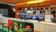 Vitaminovy bar pred vstupom do veľkého wellness v suteréne hotela