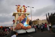 karneval přímo před hotelem- též nádhera